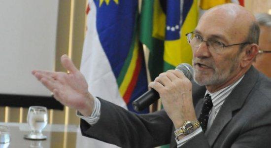 'Prefiro ser morto lutando', diz desembargador do TJPE sobre suposta articulação de golpe no Brasil