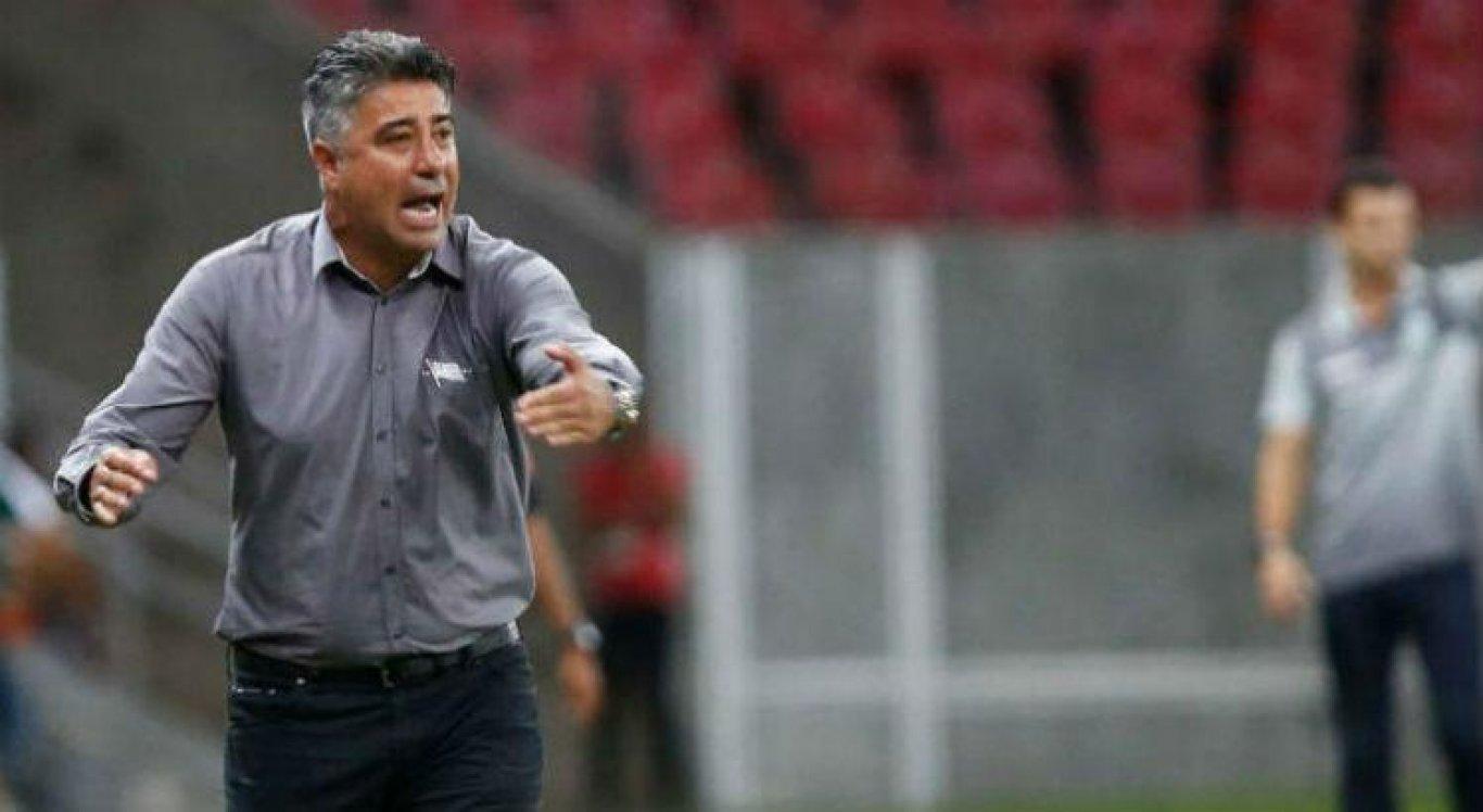 Alexandre Gallo é o novo técnico do Santa Cruz