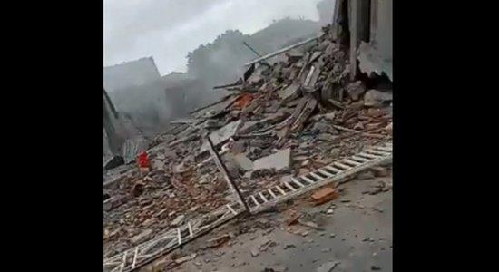 Explosão em casa de fabricação de fogos na Bahia