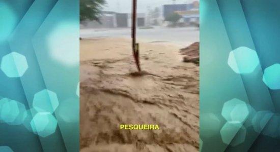 Chuva castiga cidades do Agreste e do Sertão de Pernambuco; veja vídeo