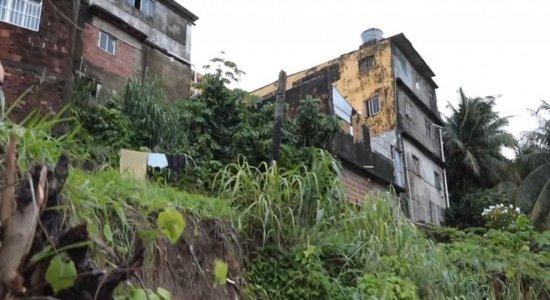 Chuva provoca deslizamentos de barreiras e moradores ficam apreensivos na UR-6