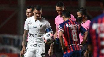 Santos enfrenta a equipe do  Barcelona de Guayaquil, pela Libertadores
