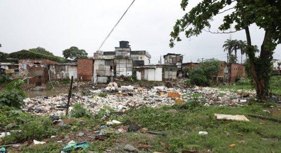 O drama dos moradores de Caixa D'Água que tiveram as casas invadidas pela água da chuva