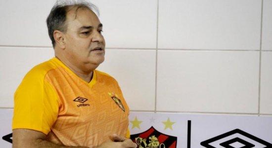 Executivo de futebol do Sport diz que já está alinhando com Umberto Louzer possíveis contratações