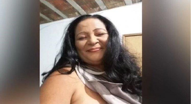 Jovem é preso após matar a mãe a facadas por causa de dinheiro, em Surubim