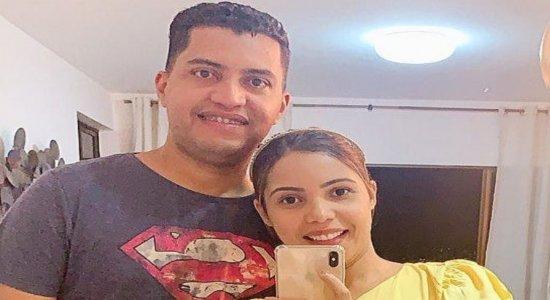 Dobson Santos e Amanda Wanessa. Cantora está internada há mais de 100 dias em um hospital particular do Recife