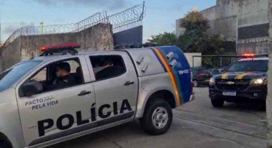 Empresa do Recife é alvo de operação por suspeita de aplicar golpe em oferta de vacinas contra covid-19
