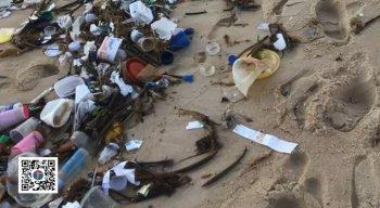 Nas praias do Rio Grande do Norte, muito plástico, embalagens e até material hospitalar, estavam jogado no mar.