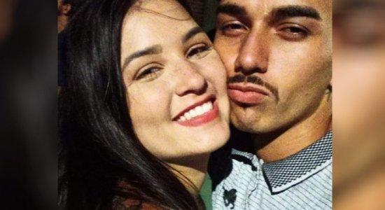 Mulher é acusada de matar namorado com agulha de narguilé
