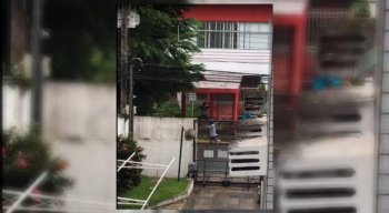 Cenas de vandalismo foram filmadas por moradores vizinhos do estádio dos Aflitos