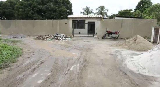 Idoso golpeia companheiro de asilo usando porta de armário em Paulista