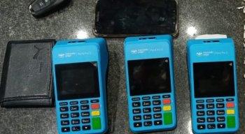 O homem fingiu ter sido enviado pelo banco para pegar o cartão de crédito que suspostamente teria sido cancelado