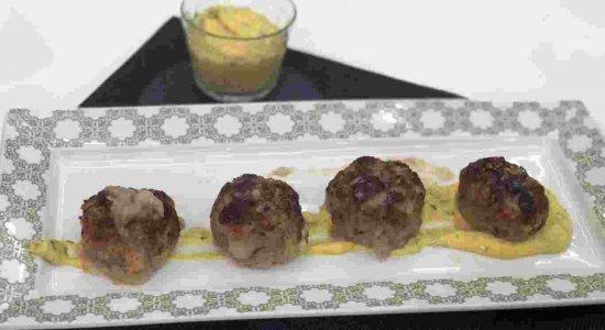 Bolinho de Carne com Maionese Montada: receita do chef Rivandro França
