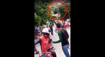 Explosão dentro de depósito deixa homem gravemente ferido em Lajedo, no Agreste de Pernambuco