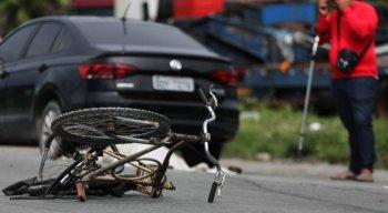 Ciclista morre atropelado, em Jaboatão dos Guararapes; vítima estava indo ver a mãe, na véspera do Dia das Mães