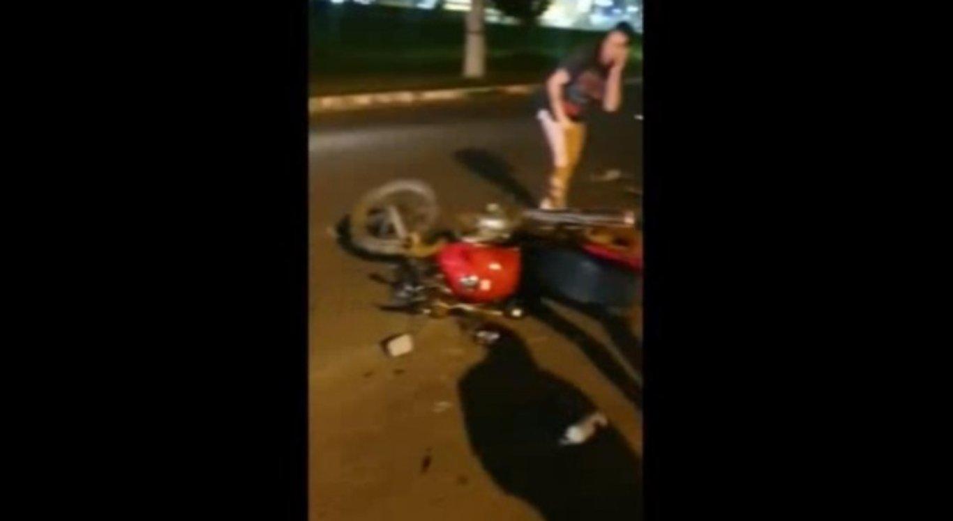 O entregador foi atropelado pelo motorista