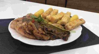Receita de Bisteca de Porco com Polenta Frita do chef Rivandro França