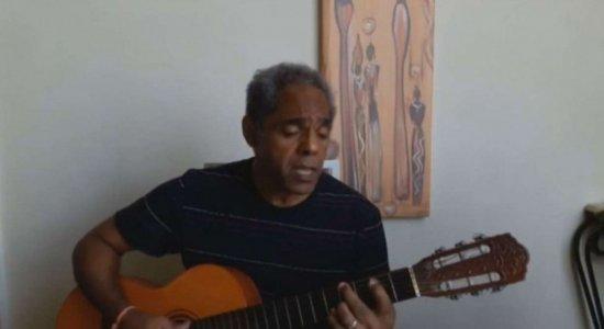 Morre o cantor Arlindo Paixão, o 'Mongol', vítima de covid-19