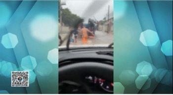 Um telespectador mandou o vídeo para o WhatsApp da TV Jornal.