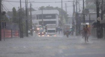 A média histórica de precipitação na capital pernambucana em maio é de 328,9 mm.