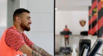 Sport anuncia contratação de Paulinho Moccelin