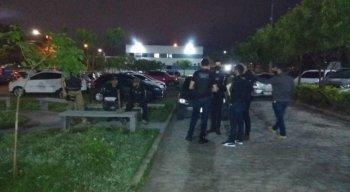 Na execução da operação estão sendo empregados 35 policiais