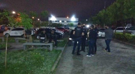 Operação da polícia desarticula quadrilha suspeita de tráfico de drogas e extorsão em Caruaru