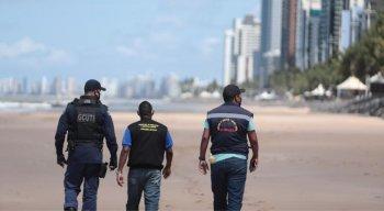 Devido ao decreto Estadual, população não pode frequentar praias, parques e clubes nos finais de semana