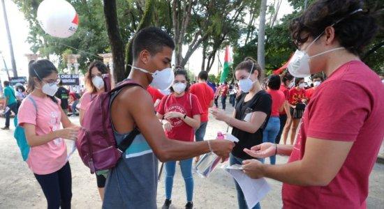 Final de semana tem atos contra e a favor de Bolsonaro previstos em Pernambuco