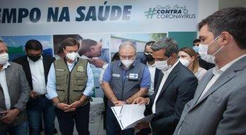 Ministro da saúde em Santa Cruz do Capibaribe