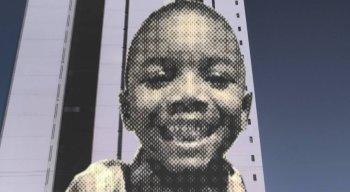 Miguel Otávio tinha 05 anos de idade quando foi deixado sozinho em um elevador. Ele procurava a mãe