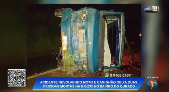 Duas pessoas morrem em acidente envolvendo moto e caminhão na BR-232, em Jaboatão dos Guararapes