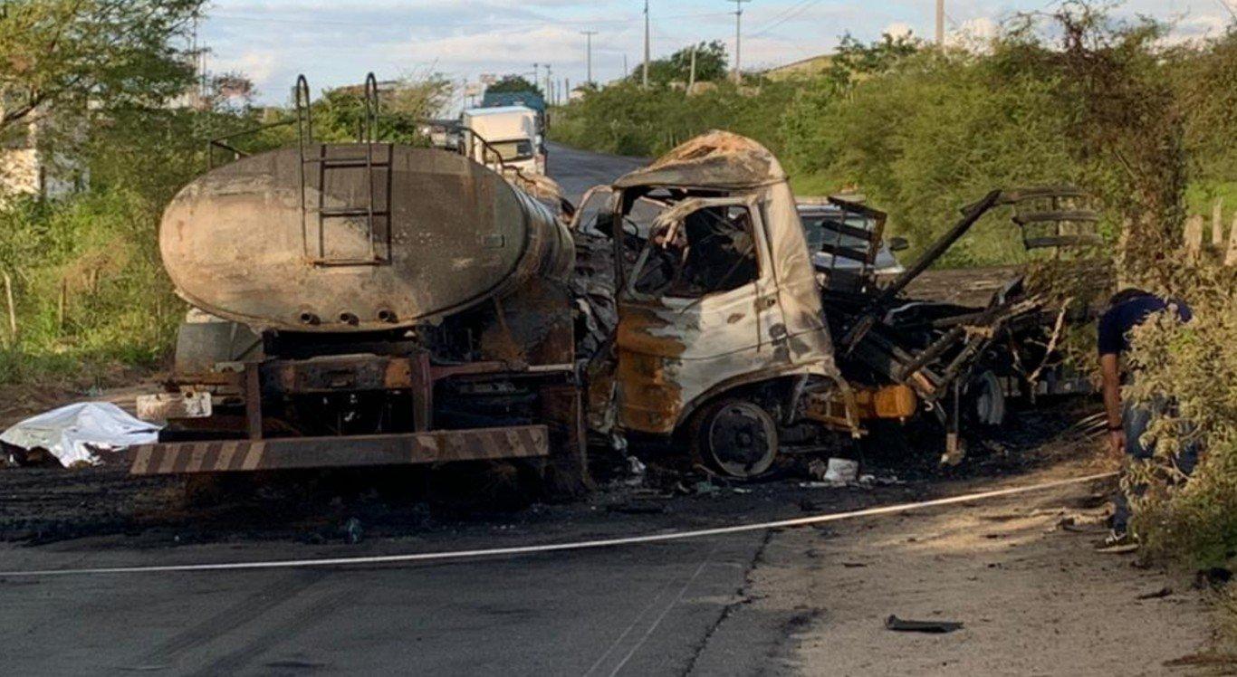 O acidente ocorreu na PE-90, em Surubim