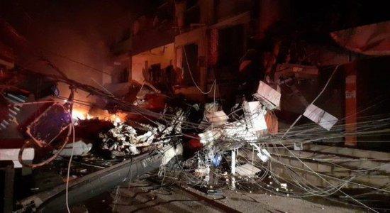 Prédio desaba no Rio de Janeiro e deixa feridos sob escombros