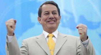 Pastor R. R. Soares é internado