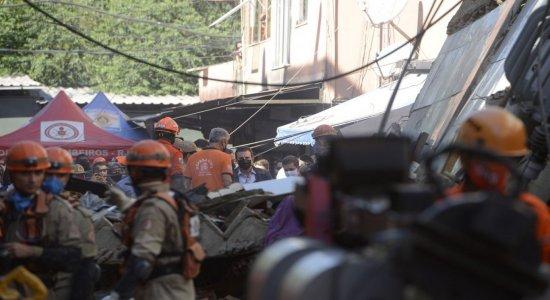 Polícia ouve dono de prédio que desabou no Rio de Janeiro
