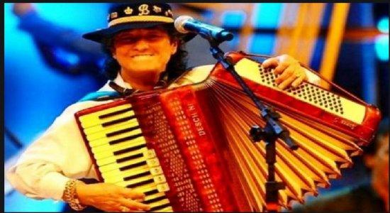 Morre, aos 69 anos, cantora e compositora Berenice Azambuja