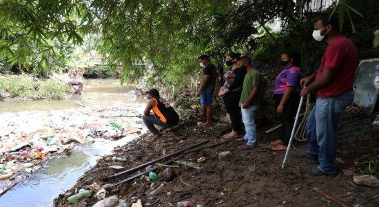 Após sete dias, bombeiros encerram buscas por pedreiro que desapareceu no Rio Tejipió