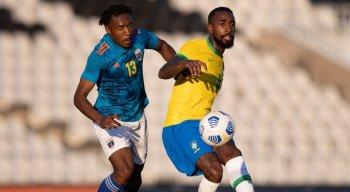 Seleção brasileira olímpica disputa amistoso contra a Sérvia