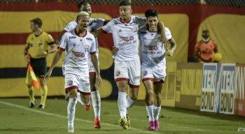 Náutico venceu o Vitória por 1x0, gol de Jean Carlos