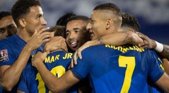 Neymar e Lucas Paquetá marcaram os gols do Brasil na vitória diante do Paraguai