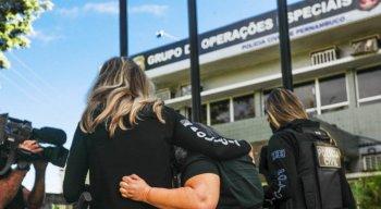 Os presos foram levados para a sede do Grupo de Operações Especiais, no bairro do Cordeiro.