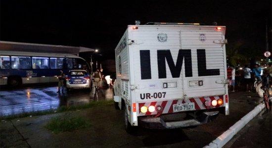 Homem cai de BRT e morre no Grande Recife. Veja no Bronca 24 Horas