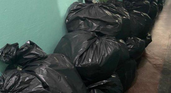 Cinco pessoas são presas e mais de 1 tonelada de produtos falsificados são apreendidos em operação no Recife