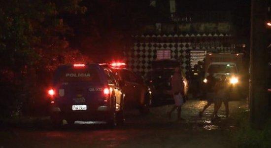 Após chegar a rua sem saída, durante perseguição, suspeito é morto e três fogem em Paulista