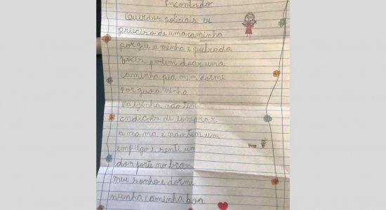 Menina escreve carta para PM pedindo uma cama e é atendida