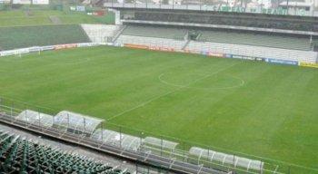 A partida entre Juventude x Sport acontece no Estádio Alfredo Jaconi