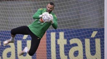 Weverton, goleiro do Palmeiras, será o titular da seleção brasileira diante da Colômbia