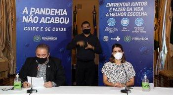 André Longo e Ana Pula Vilaça durante coletiva online nesta quarta-feira (23).