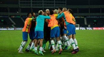 Brasil venceu a Colômbia de virada por 2x1